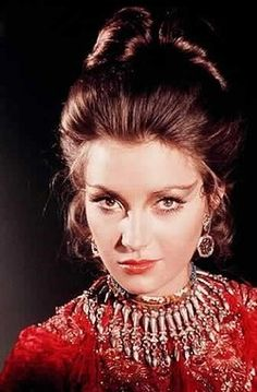 My favorite Bond girl makeup!  Jane Seymour as Solitaire from Live And Let Die
