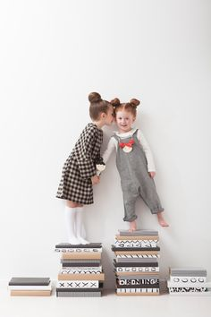 ebabee likes : big style for little people:The best craft book for kids 2014 Little People, Little Ones, Little Girls, Fashion Kids, Outfits Tipps, Kind Photo, Shooting Photo, Kid Styles, Kind Mode