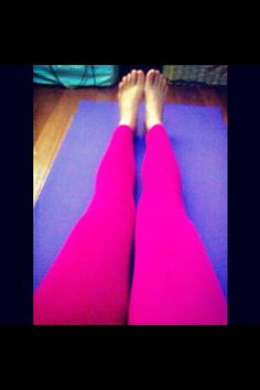 Fuchsia pink leggings and purple yoga mat! Help Losing Weight, Lose Weight, Pink Leggings, Health Fitness, Exercise, Yoga, Purple, Ejercicio, Excercise