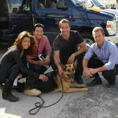 How to make Clay Pot Flower People Hawaii Five O, Bts Hawaii, Hawaii 5 0 Cast, Alex O'loughlin, River Pictures, The Last Ship, Grace Park, Cop Show, Scott Caan