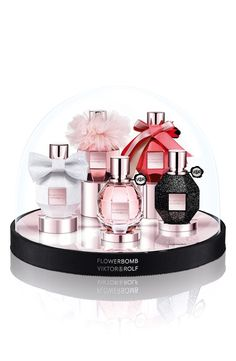 Viktor & Rolf Flowerbomb Snowglobe Collector's Set for Holiday 2015