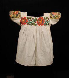 veracruz indians women | Woman's blouse, beaded ( blusa bordada con chaquira )