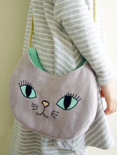 grey cat bag- free pattern and tutorial