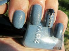 Concrete and Nail Polish: Zoya Skylar & An Accent Nail Manicure