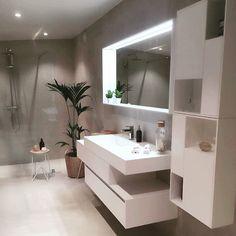 A traditional Scandinavian decor for this elegant apartment - Bathroom 01 Zen Bathroom, Bathroom Layout, Bathroom Interior Design, Modern Bathroom, Master Bathroom, Bathroom Inspo, Bathroom Ideas, Bathroom Candles, Guys Bathroom