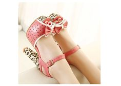 Fashion Style Women's Sandals With Leopard Print and Bowknot Design