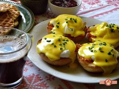 Oua Benedict Food And Drink, Eggs, Breakfast, Recipes, Morning Coffee, Recipies, Egg, Ripped Recipes, Cooking Recipes