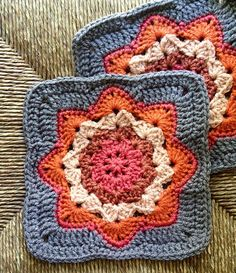 Great square. Easy, fast and fun to do. Perfect for swaps or a repeat for a whole afghan.  I think using an accent color in the last round of sc of the 'ripple' rows really adds some pi...