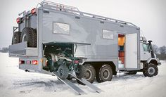 Mercedes-Benz Zetros - The 6x6 Luxurious Expedition Vehicle