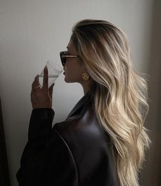 Hair Inspo, Hair Inspiration, Blonde Hair Looks, Girls With Blonde Hair, Blonde Hair Outfits, Blond Girls, Aesthetic Hair, Hair Day, Balayage Hair
