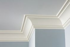False Ceiling Square Design false ceiling with wood interior design.False Ceiling Living Room Chandeliers false ceiling design with fan. Dark Living Rooms, Living Room Paint, Cove Crown Molding, Moulding, Molding Ideas, Baseboard Styles, Molding Ceiling, Moldings And Trim, Faux Crown Moldings