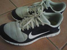 Joyce: Nike free run- super bequem! einmal reingeschlüpft, kann man den ganzen tag darin herumlaufen...