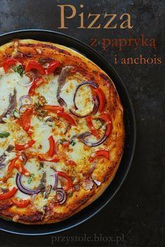 Pizza z anchois na cienkim cieście