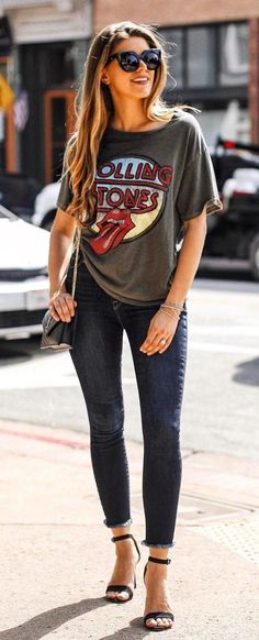 #fall #outfits women's black sunglasses