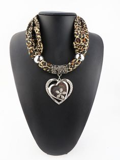 Fashion Women Cheap Chunky Polyester Alloy Pendant Scarves Necklace