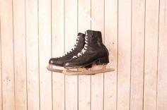 Pattini ghiaccio dell'annata  Vintage pattinatori su di semivint