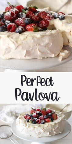 White Desserts, Just Desserts, Delicious Desserts, Yummy Food, Egg White Dessert, Egg Desserts, Romantic Desserts, Trifle Desserts, Fruit Dessert