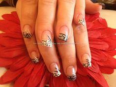 Acrylic nails with leopard print #nail art