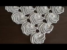 This Pin was discovered by GülCrochet Patterns Tutorial Recently I have come across a lot and today I have a beautiful Video …Today I show you some features how to crochet a scrolls for irish crochet top. You can apply these scrolls at Irish crochet pr Irish Crochet, Crochet Shawl, Crochet Baby, Knit Crochet, Knitting Stitches, Knitting Patterns, Crochet Patterns, Crochet Leaves, Crochet Flowers