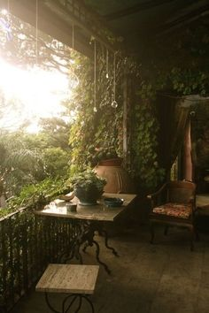 Home decoration outdoor backyard romantic bohemian outdoor space backyard space plants and green house outdoor living Outdoor Rooms, Outdoor Gardens, Outdoor Living, Beautiful Homes, Beautiful Places, Balcony Garden, Balcony Ideas, Garden Spaces, Balcony Plants