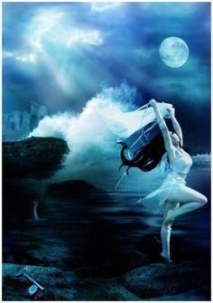 """Ahes: deusa pagã da água, abundância, fertilidade, paixão, coragem, água do mar e criaturas marinhas. """"sua cidade foi varrida por uma onda causada por um santo cristão intervir. Ela pediu uma cidade de Korrigans, as fadas do mar Breton, para disfarçar seu mundo mar até que fosse seguro para eles a surgir novamente sem perseguição religiosa."""