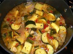 eminces poulet courgettes cookeo, un délicieux plat pour votre déjeuner en famille. facile et rapide à realiser chez vous avec votre cookeo..