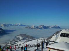 Aussicht vom Spirstock auf Nebelmeer und Pilatus und Rigi