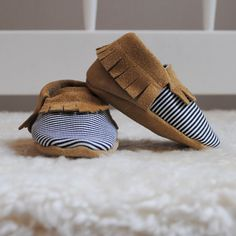 baby moccasins / size 3-6 months (US 2)