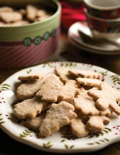 The New Mexico state cookie, an anise- and cinnamon-scented delight, is served at every December gathering short of a fast-food breakfast. Lori Delgado shares this scrumptious recipe, which began with