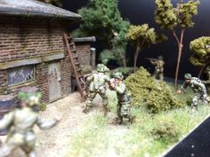 """""""Behind enemy lines"""" Diorama in 1/72 made by Erik Westberg Sweden. ( 1:72 wwII ww2 1/35 1:35 #diorama braille scale modelling )"""