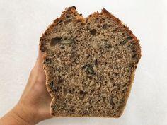 semienková tehlička Frappe, Kefir, Banana Bread, Food And Drink, Desserts, Blog, Basket, Tailgate Desserts, Deserts