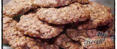 Vločkové sušenky Cookies, Chocolate, Food, Crack Crackers, Biscuits, Essen, Chocolates, Meals, Cookie Recipes
