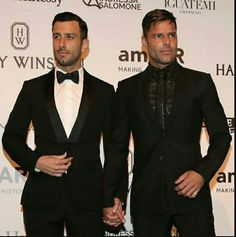 Person Of Interest, Ricky Martin, Beautiful Men, Versace, Royalty, Gay, Celebrity, Ship, Couples