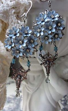 'blue bouquet' earrings by The French Circus on Etsy