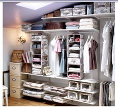 Small dressing space