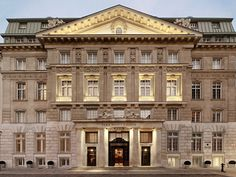 Park Hyatt Vienna, Austria The 143 rooms at Hyatt's first property in Austria (a stately former bank headquarters) are some of the largest in Vienna, and the hotel is just a five-minute walk from St. Stephen's Cathedral. Vienna Hotel, 2017 Image, Most Luxurious Hotels, Luxury Hotels, Banks Building, Das Hotel, Interesting Buildings, Tours, Beautiful Hotels