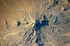 Bazman volcano