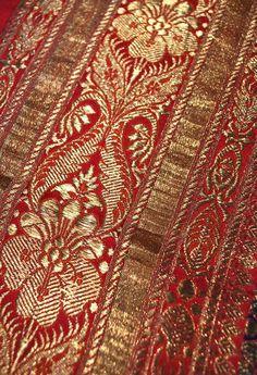 indian silk brocade sari borders | ... gold and violet Benares brocade Indian sari | Carolyn Forbes Textiles