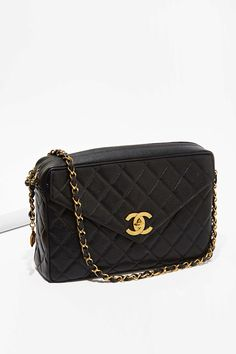 Vintage Chanel Caviar Leather Maxi Jumbo Bag