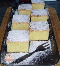 Pillekönnyű grízes túrós kevert süti