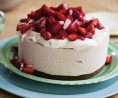 Balsamic Strawberry Ice Cream Cake — Recipe from Fine Cooking Strawberry Ice Cream Cake, Strawberry Crush, Strawberry Recipes, Shortcake Recipe, Frozen Desserts, Frozen Treats, No Bake Cake, Cake Recipes, Baking Recipes