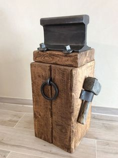 Cet article n'est pas disponible - Welding Projects about you searching for. Forging Tools, Blacksmith Tools, Blacksmith Projects, Forging Metal, Metal Working Tools, Metal Tools, Old Tools, Woodworking Projects Diy, Welding Projects
