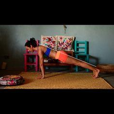 Checa mi nuevo tutorial, donde te comparto algunos tips para lograr tu parado de manos seguro!  Sígueme en mi canal de Youtube donde estaré subiendo cada semana un nuevo tutorial para practicar juntos!. #yoga #yogagirl #handstand #tutorial (scheduled via http://www.tailwindapp.com?utm_source=pinterest&utm_medium=twpin&utm_content=post7361662&utm_campaign=scheduler_attribution)