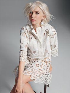 Michelle Williams is ELLE UK April 2015 cover shoot 'Fresh Spirit' star. She looks really fresh and gorgeus in Louis Vuitton, styled by Anne-Marie Curtis Looks Street Style, Looks Style, My Style, Lingerie Look, Mode Outfits, Girl Crushes, White Lace, Hair Inspiration, Superstar