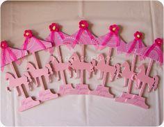 Pedacinhos de Arco Íris: Lembranças de aniversário - tema Carrossel (birthday gifts, theme Carousel)