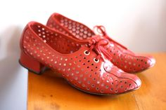 Vintage 60s Leather Mod red cut out Hush Puppies Shoes, size 6, Granny perforated, Lace Up