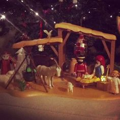 I' ve made this playmobil xmas manger under my tree.. I loved it and also did my boyfriend... it' s a bit unusual and it gave us the opportunity to deal with something together :)