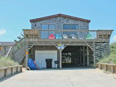 Savage Seas, $985, front row, 4 houses from beach access, close beach access, no dogs KILL DEVIL HILLS