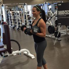 Curl punches for a great shoulder pump. @joshbowmar discussed the biomechanics of this exercise on periscope. Follow me there: sarahbowmar @underarmour #IWWIW by sarah_bowmar Weight Lifting Workouts, Gym Workouts, Arm Workout Videos, Sarah Bowmar, Go Fit, Pumping Iron, Arm Day, Printable Workouts, How To Start Running