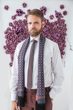 A silk scarf can tak